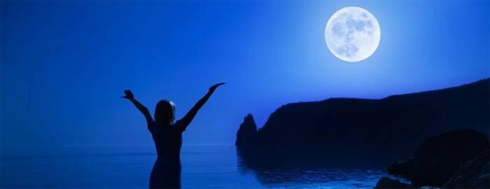 Лунный календарь стрижек по Оракулу поможет измениться