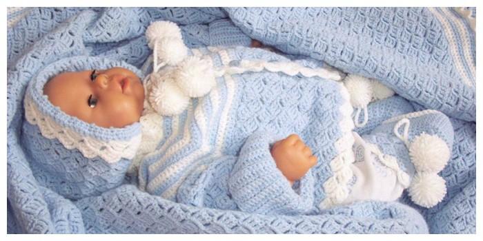 Вязаный ажурный костюм для мальчика