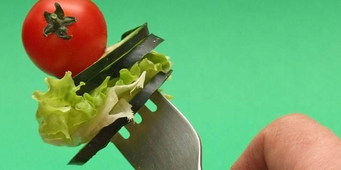 Овощи на вилке