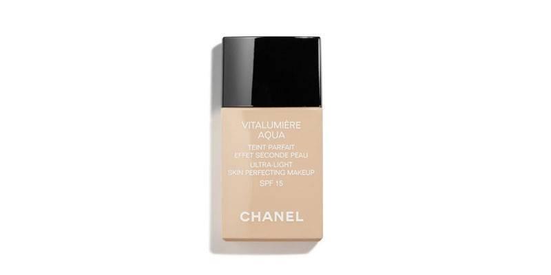 Vitalumiere Aqua от Chanel
