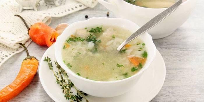 Рисовый суп с птицей