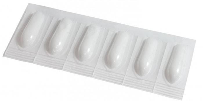 Ректальные суппозитории в упаковке