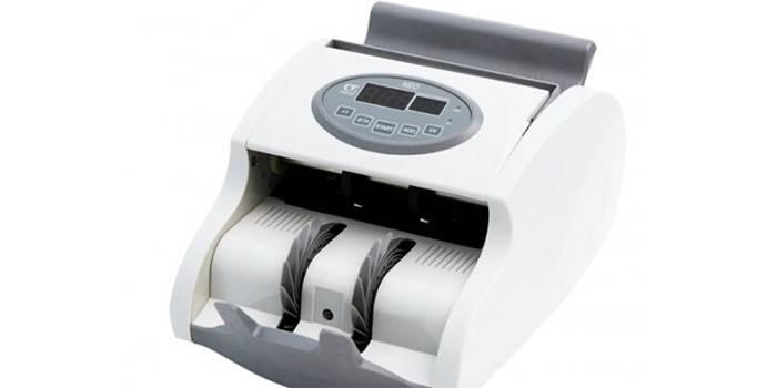 Машинка для счета денег PRO 40 UMI LCD