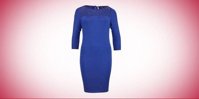 Облегающее синее платье с кружевной вставкой