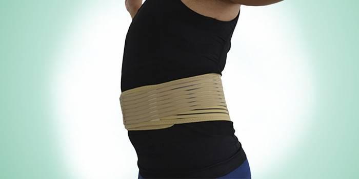 Турмалиновый пояс на животе для похудения